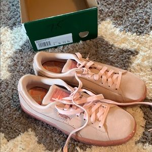 Puma suede basket shoes